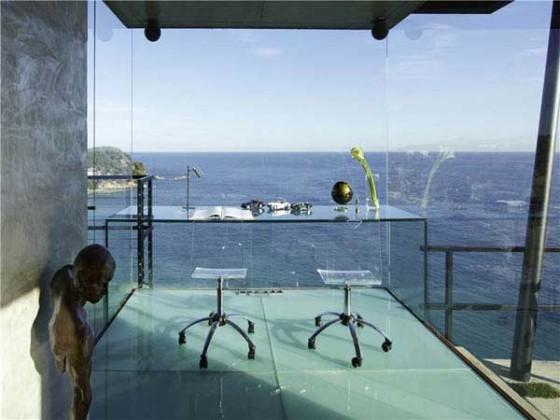 Impresionante casa en la costa brava oficina