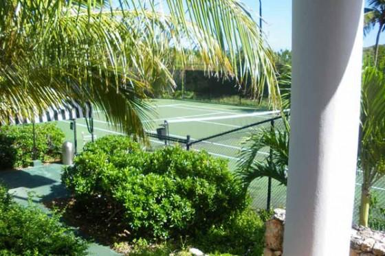 Villa sofisticada en Anguilla con vistas al Caribe Dormitorios, pistas de tenis